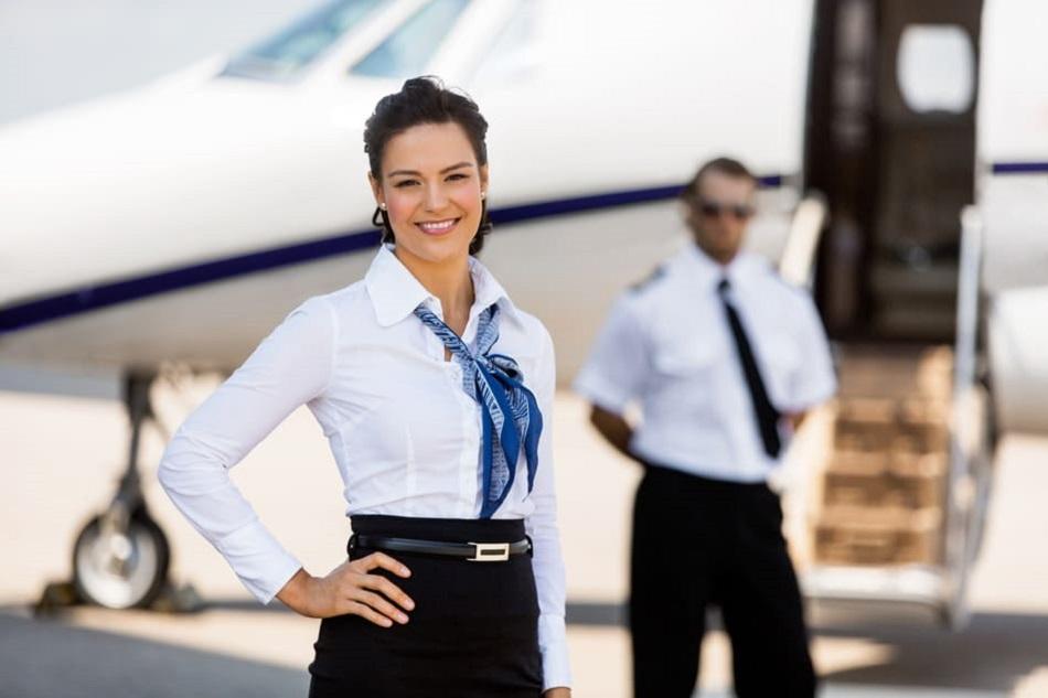 Salaire D Hotesse De L Air A Combien S Eleve La Remuneration