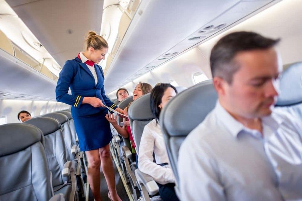 avantages et inconvénients hôtesse de l'air